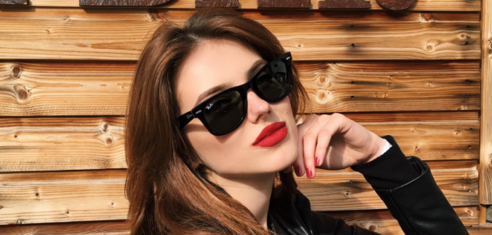 #LensaStayCool – Danielle Marcan prezinta 5 modele de baza pentru ochelarii de soare